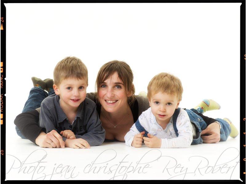 Portrait de Pierre, Matis et Alexandra par le photographe Jean-Christophe Rey-Robert